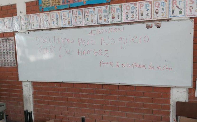 Ladrones roban en una escuela y dejan mensaje en el pizarrón; Torreón