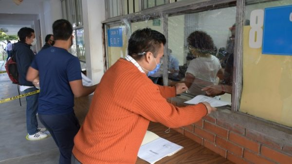 IEEPO informa a trabajadores de la educación horarios para el pago de nómina y de estímulos por años de servicio