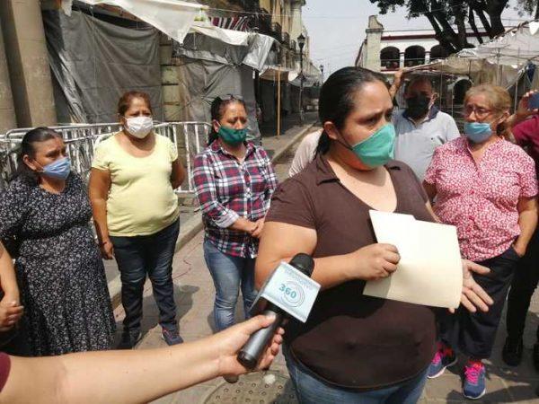 Locatarios del kiosco de Oaxaca, piden apoyo de autoridades