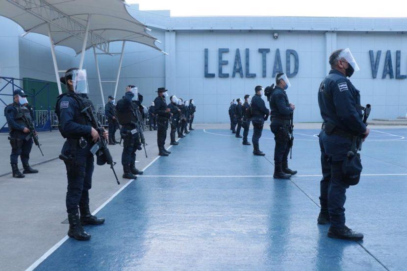Gobierno de Oaxaca refuerza policías con equipo de protección sanitaria