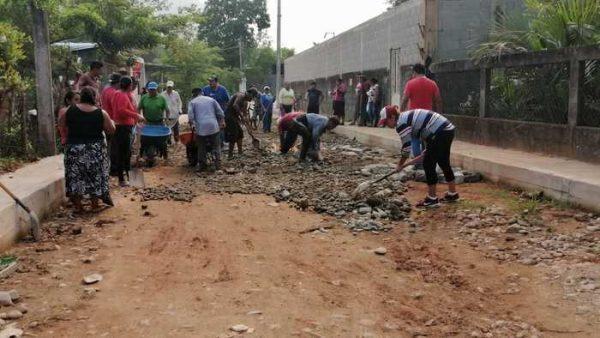 En Valle Nacional, colonia San Juan abre accesos por falta de servicios básicos