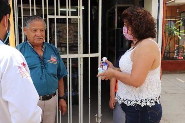 Presidenta de Amilpas,claro ejemplo de trabajo y apoyo constante a su población