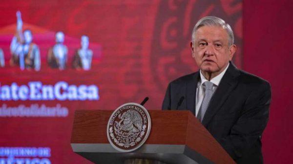 López Obrador ofrece una disculpa pública a todos los médicos