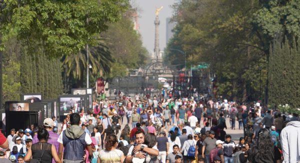 CONEVAL: 35.7% de la población en México se encuentra en pobreza laboral