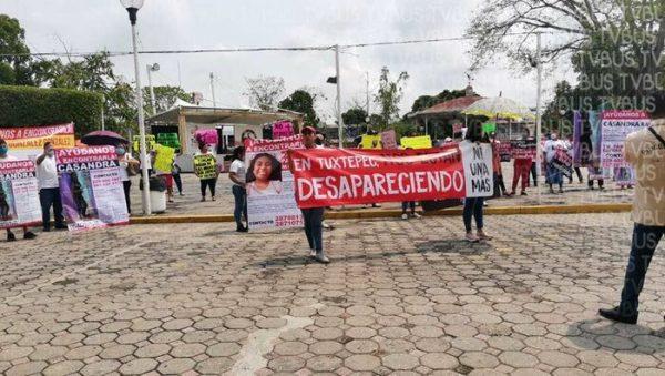 En Tuxtepec, con marcha exigen justicia para mujeres desaparecidas