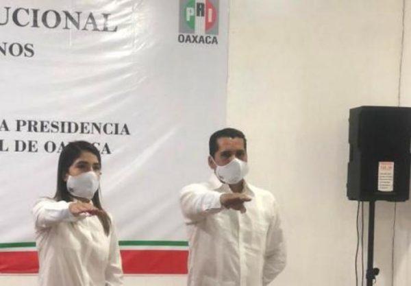 Toma protesta nuevo lider del PRI en Oaxaca