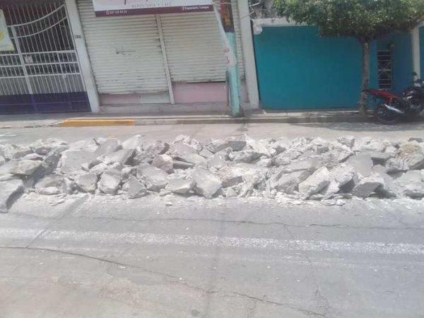 Para evitar socavones, autoridades rehabilitan drenajes en mal estado