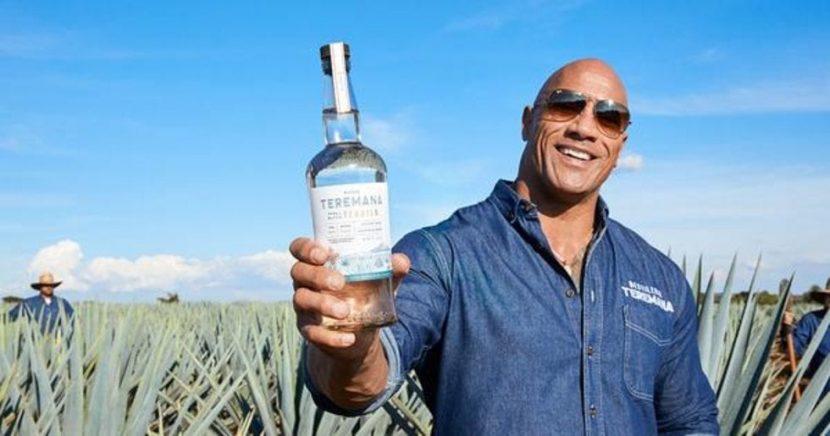 La Roca celebra su cumpleaños con su propio tequila hecho en Jalisco