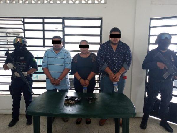 SSPO detiene a 3 personas en Pueblo Nuevo por portación ilegal de armas