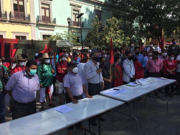 Presenta el MULT en Oaxaca, a Rogelio Pensamiento Mesinas como su nuevo dirigente