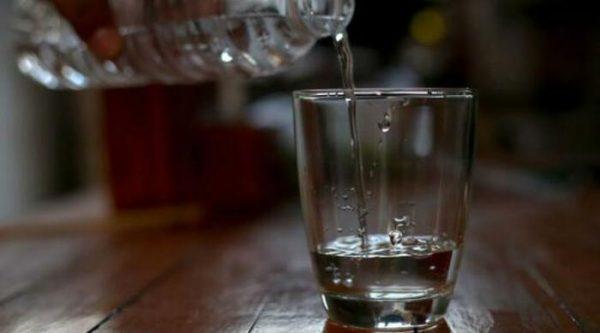 Mueren 2 personas por ingerir alcohol industrial y 5 más graves en Pochutla