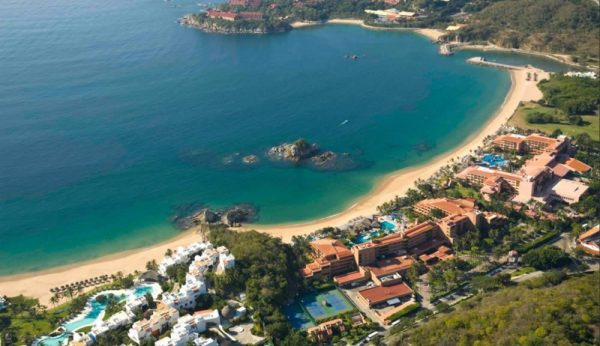 Las playas abrirán a un 30% del turismo; Edil de Huatulco