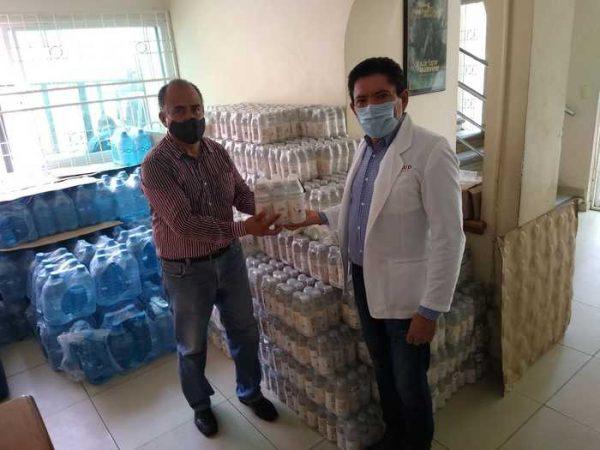 Canaliza Irineo Molina entrega de suero y agua a hospitales de la región