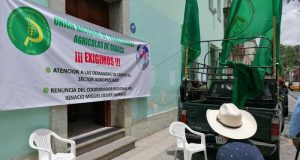 Unión Nacional de Trabajadores Agrícolas toman oficinas de Financiera Rural en Oaxaca