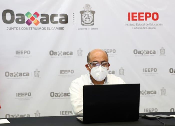 Participa Director General del IEEPO en reunión nacional para fortalecer la educación pública