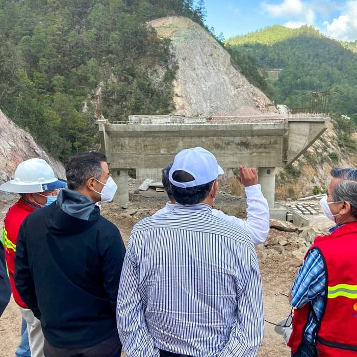 No se detiene construcción de autopistas de Oaxaca a la Costa e Istmo