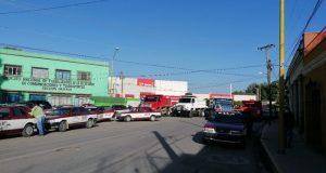 CATEM bloquea calles de Oaxaca, tras señalamiento de balacera el domingo por la noche