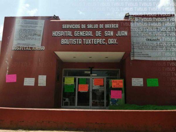 Abandona Murat a hospital de Tuxtepec que está en paro; prioriza otros del estado