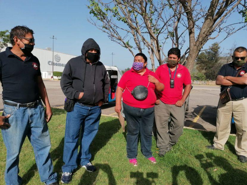 Mototaxistas de Atzompa denuncian que policías cuidan más a los ladrones que a la ciudadanía
