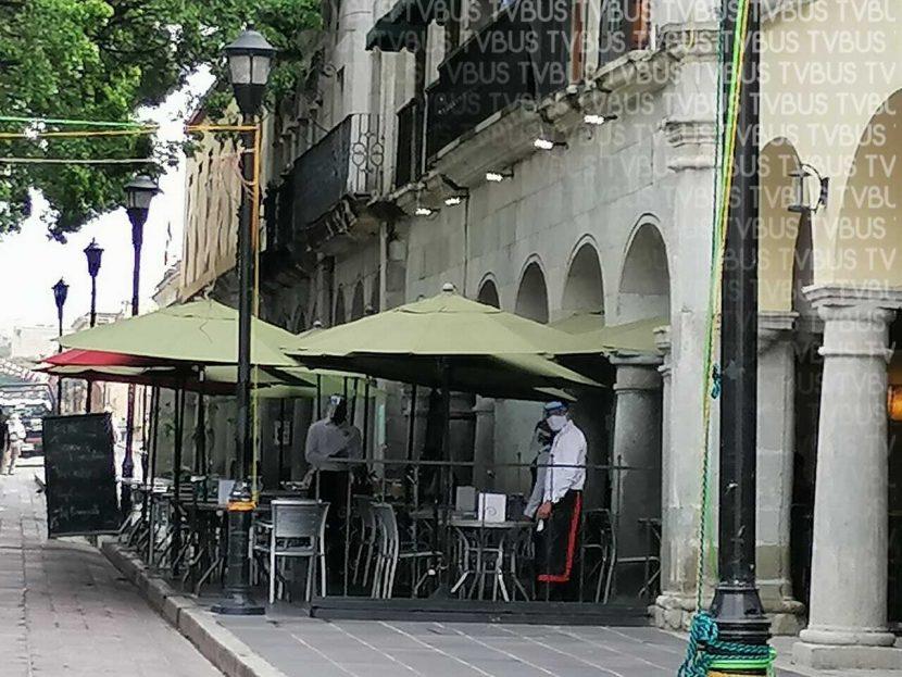 """Reabren restaurantes en Oaxaca tras inicio de """"Nueva normalidad"""""""