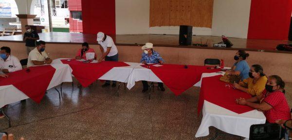 Amplían una semana más cierre de negocios no esenciales en Loma Bonita