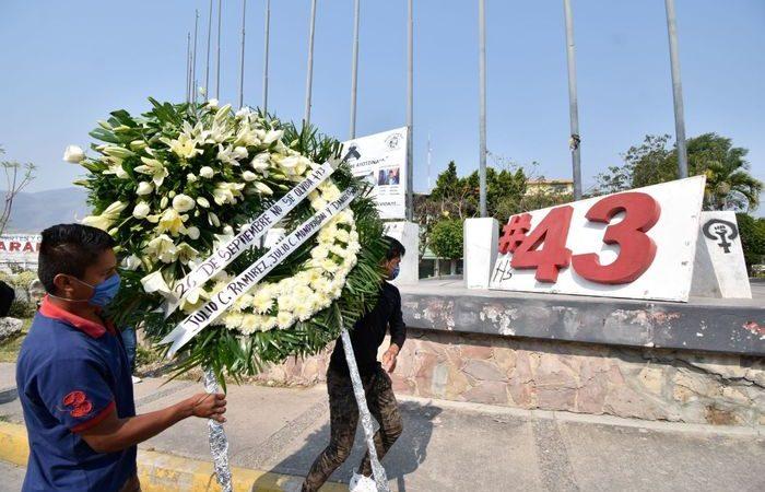 FGR reporta el hallazgo de los restos de un normalista de Ayotzinapa