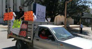 Con caravana, Alianza de Bares de Oaxaca piden dejarlos trabajar