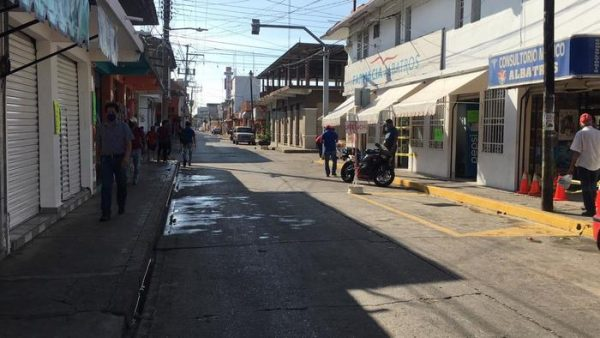 Comercio informal ve bien acciones contra el covid en Tuxtepec; aseguran no estar trabajando ni el 50%