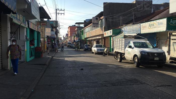 Alrededor de 180 cortinas abajo en Tuxtepec, no sobrevivieron a la contingencia