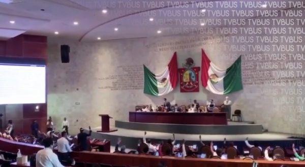 """Congreso de Oaxaca declara """"Persona Non Grata"""" a Jorge Castañeda"""