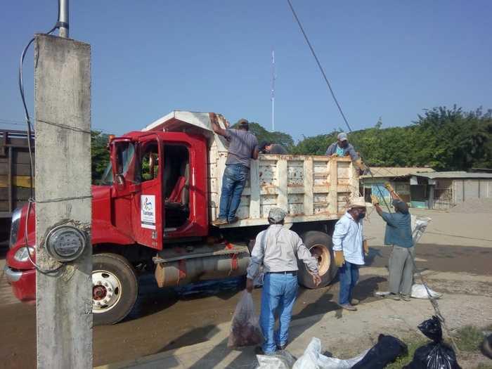 Intensa campaña de descacharrización realiza Gobierno de Tuxtepec