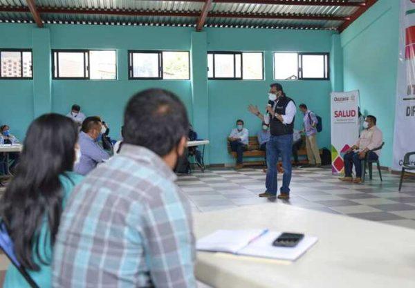 Se reúne Secretario de Salud con autoridades de la Cañada y Tuxtepec