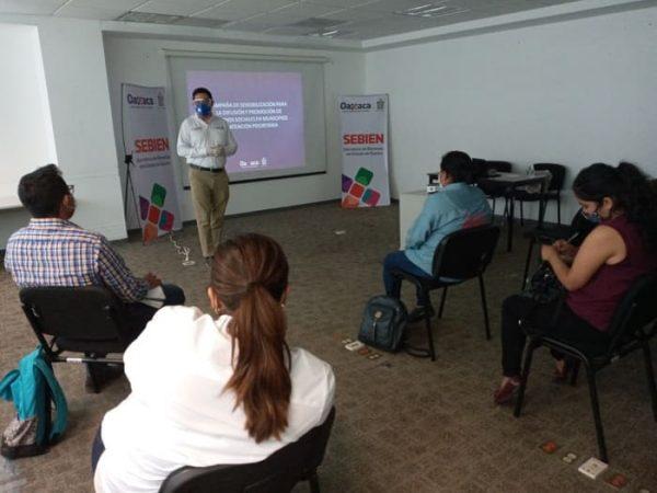 Gobierno de Oaxaca, difunde Derechos Sociales a la población