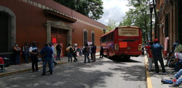 Movimiento de Izquierda Revolucionaria se manifiesta en Oaxaca, exigen una audiencia con el gobernador
