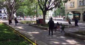 Policía estatal continúa con operativo en zócalo de Oaxaca para evitar concentración de personas