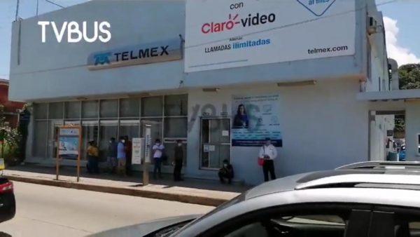 Con paro, telefonistas de Tuxtepec exigen incremento a su salario
