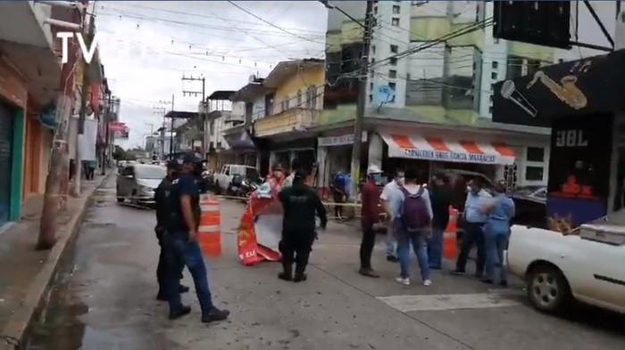 Comerciantes de Tuxtepec exigen abrir el centro; argumentan que 100 comercios cerraron