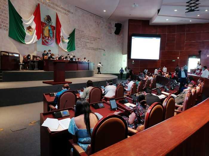 Analiza Congreso de Oaxaca, iniciativa para adopciones homoparentales