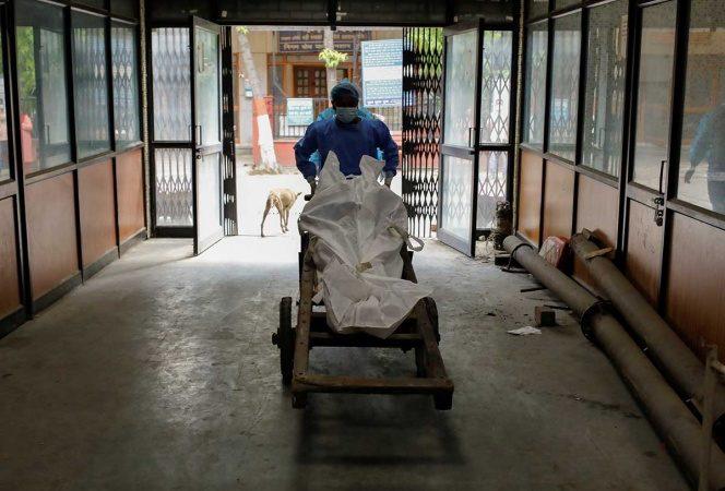Más de 800 mil muertes por covid-19 en el mundo