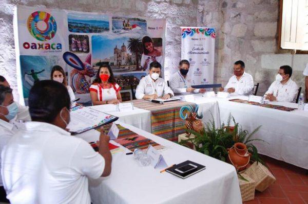 Firman Sectur Oaxaca y Pueblos Mágicos carta de hermanamiento