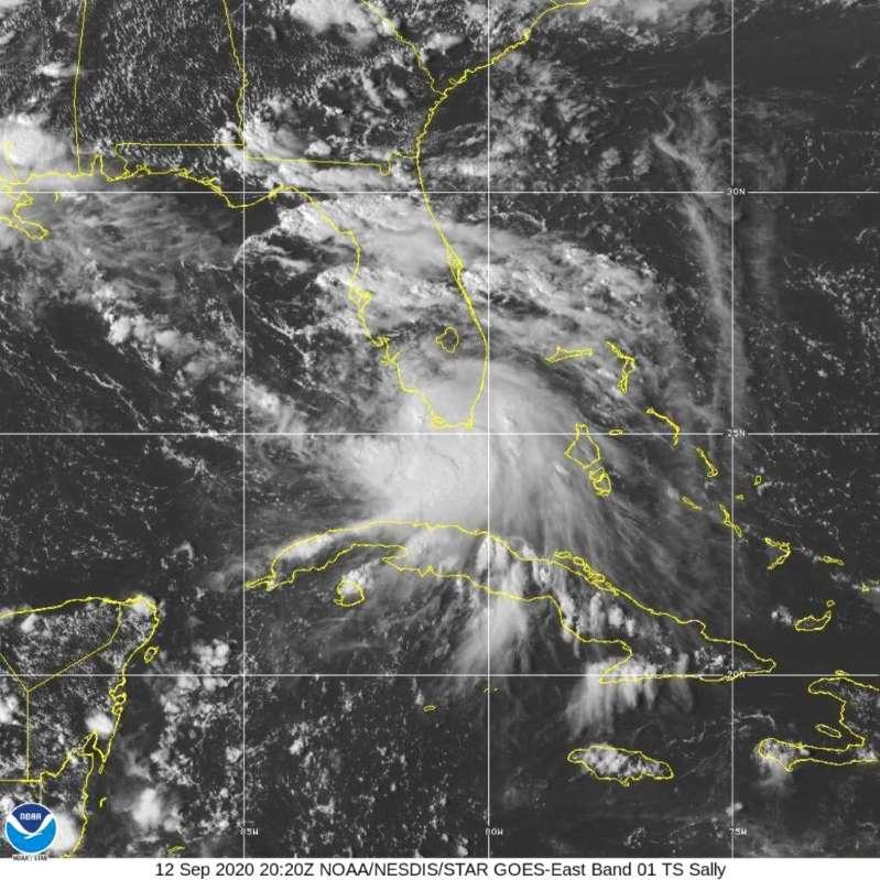 """""""Paulette"""" se fortalece a huracán en el Atlántico"""