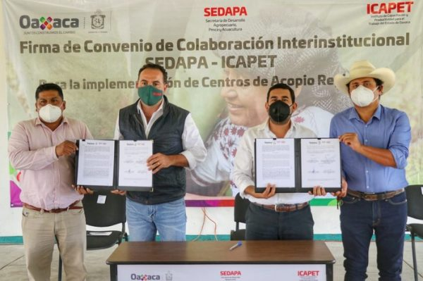 Celebran convenio marco Sedapa-Icapet