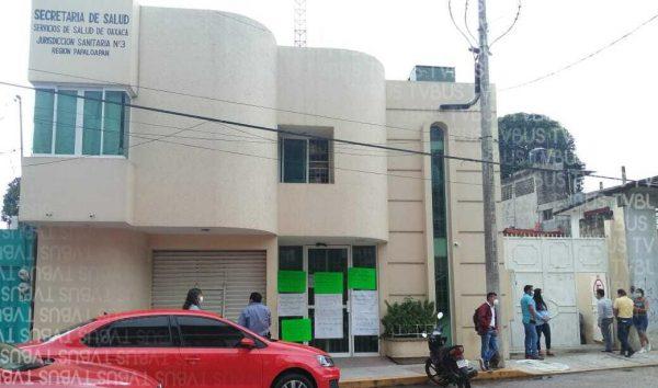 A pesar de contingencia, sindicatos siguen con toma de dependencias de salud en la Cuenca