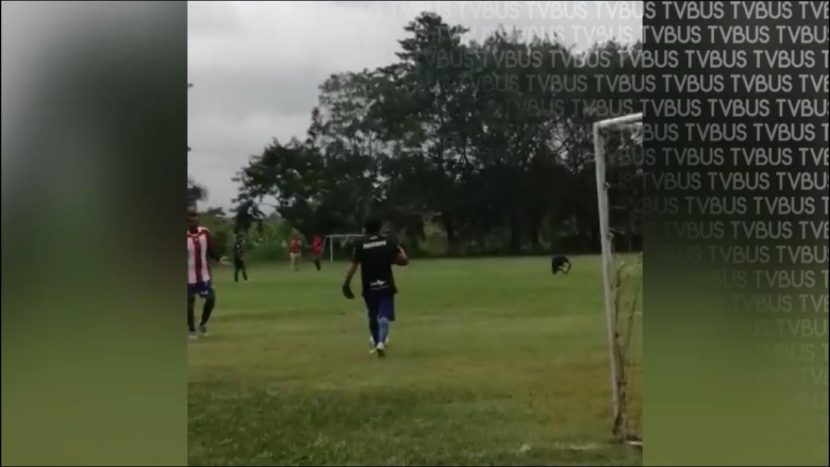 Denuncian en redes sociales, partido de fútbol en Tuxtepec en plena pandemia