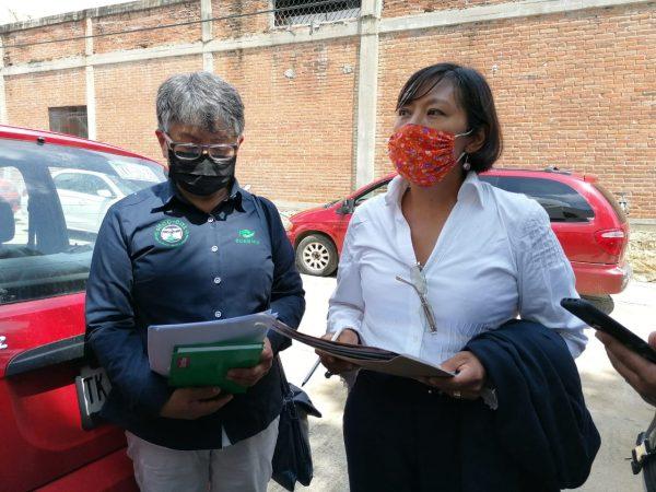 Profesora de CONALEP de Huajuapan demanda reinstalación