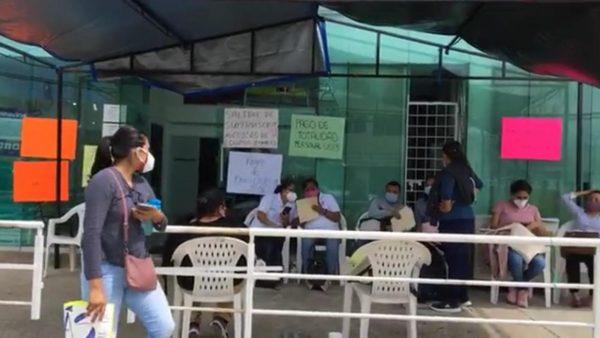 Trabajadores del Sector Salud piden a autoridades que les paguen su sueldo