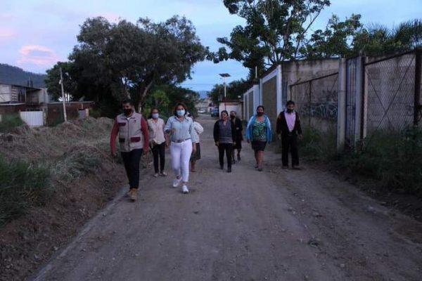 Con seguridad y calles iluminadas, ahora se vive un mejor Municipio en San Jacinto Amilpas