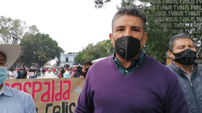 Antorcha campesina se manifiesta en zócalo de Oaxaca, dan respaldo a líderes en Puebla