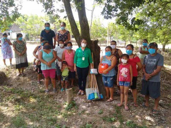 Exhorta María Luisa Vallejo a comunidades sobre prevención de COVID-19 y sana alimentación