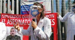 Movimiento Celeste Oaxaca, se manifiesta en el congreso local
